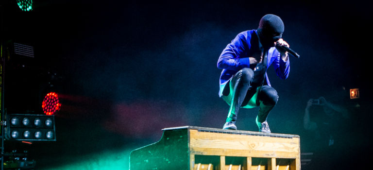 twenty one pilots Concert Brings the Party to Chicago