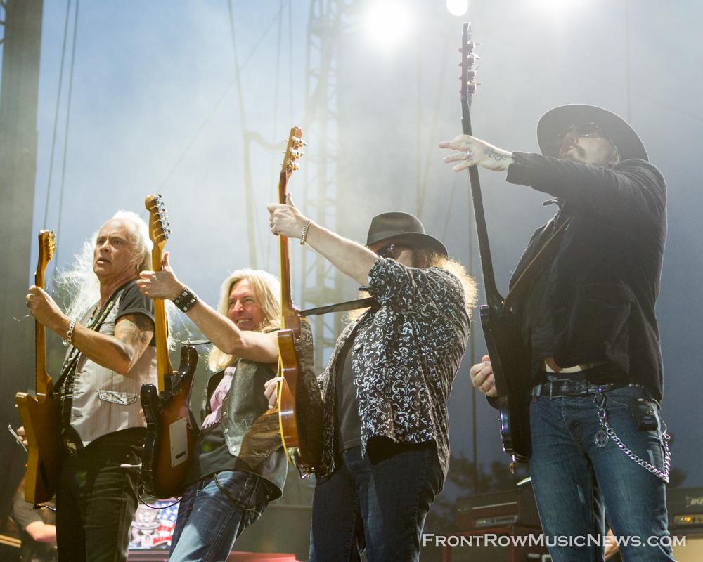 Rickey Medlock, Lynyrd Skynyrd Concert 2013 Naperville RibFest 8852