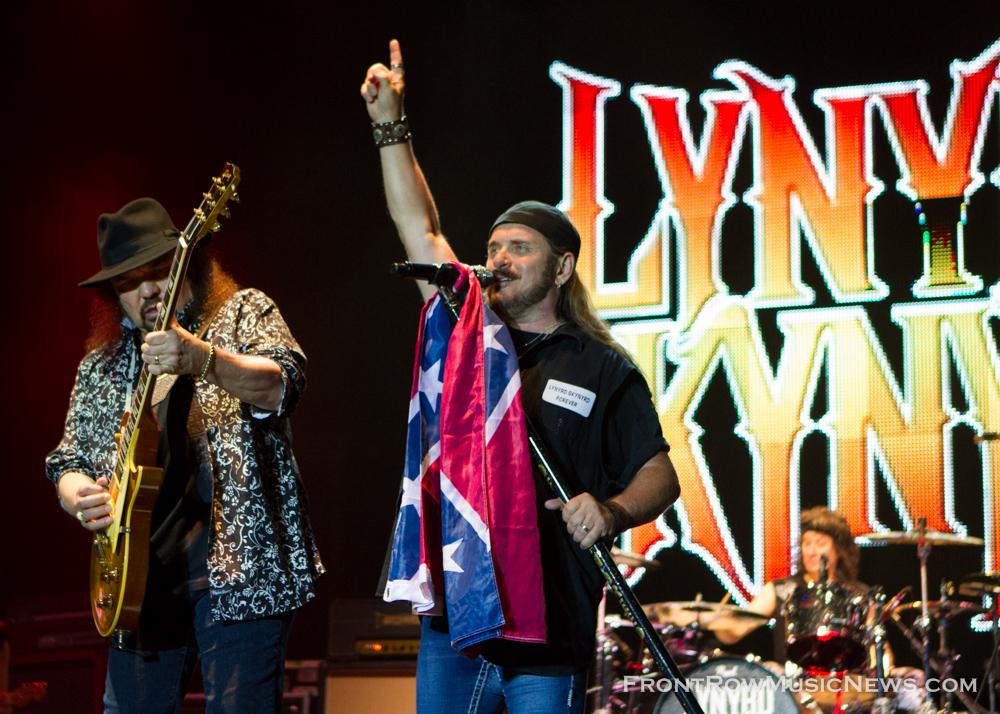 Gary Rossington and Johnny Van Zant, Johnny Van Zant, Lynyrd Skynyrd Concert 2013 Naperville RibFest 8967