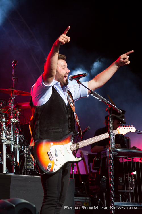 Randy Houser Shows Chicago How Country Feels 034