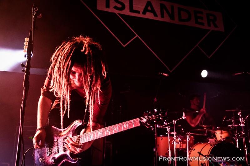 Islander-15