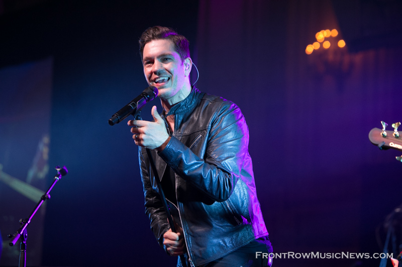 20150710-Andy-Grammer-085