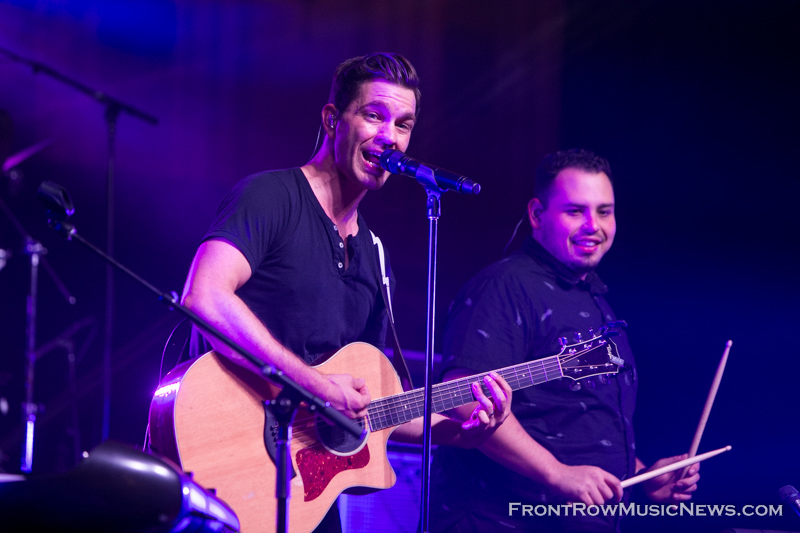 20150710-Andy-Grammer-276