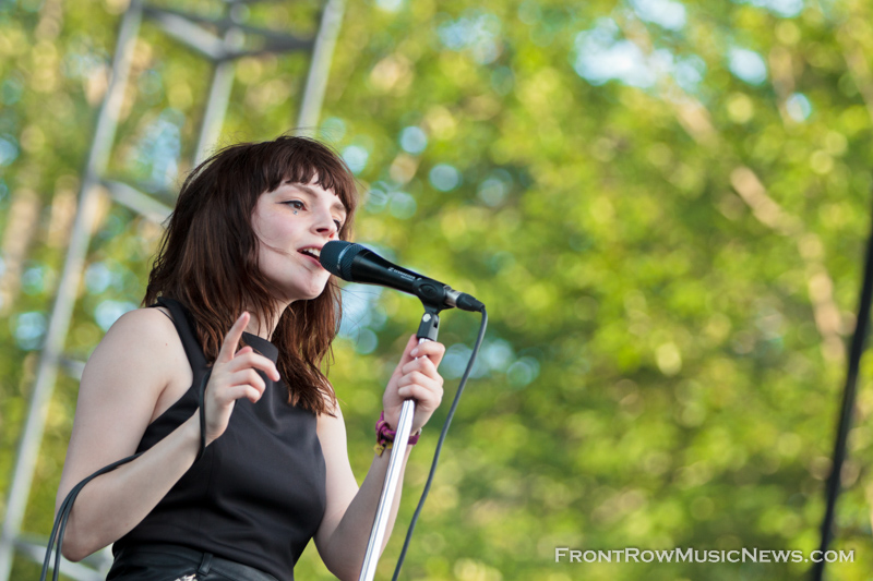 CHVRCHES - High Res - Sarah Hess-2