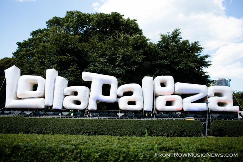 01-Lollapalooza_XO_Azuree