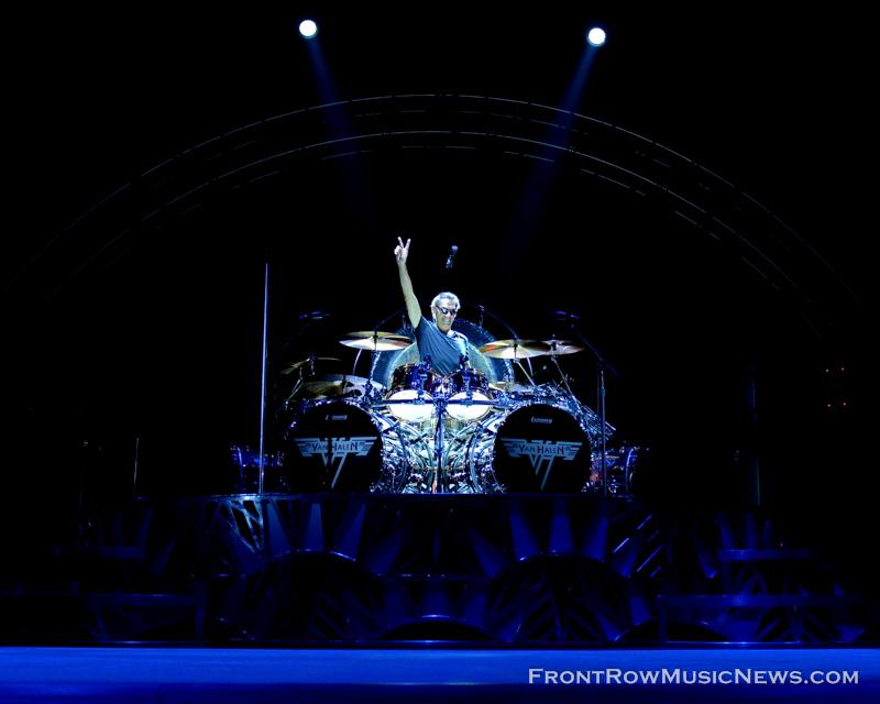 Van-Halen_0015_Ed-Spinelli.jpg