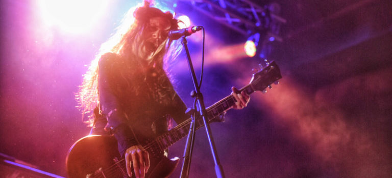 Babes in Toyland obliterate at Concord Music Hall.