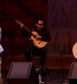 Los Lobos with Ballet Folklorico Mexicano