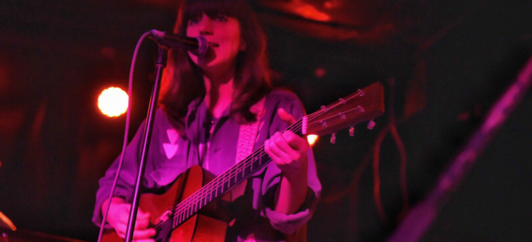 Eleanor Friedberger shares New View at Empty Bottle.