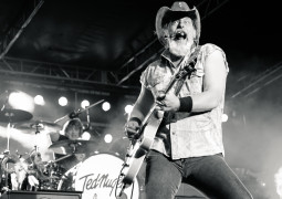 20130727-Ted-Nugent-108