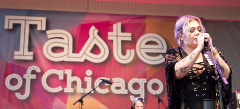 Elle King at Taste of Chicago