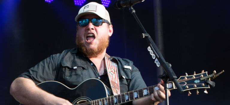 2017 Windy City Smokeout – Luke Combs