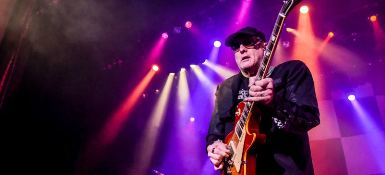 Cheap Trick at Genesee Theatre in Waukegan